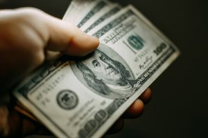 India's forex reserves swell by over $1 bn