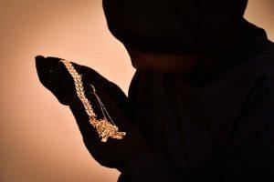 Bhubaneswar woman held for Rs one crore jewellery theft in Delhi