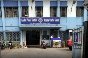 Kasba PS restricts entry in half-pants; Kolkata Police orders enquiry