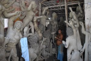 Pandemic ruins business of artisans in Serampore