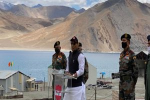 Rajnath lauds Army's tough expedition in Himalayan region
