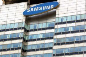 Samsung heir set free on parole after seven months in prison