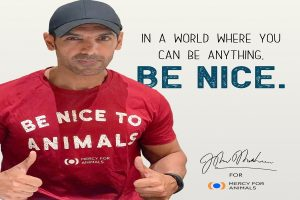 John Abraham stars in Mercy for Animals 'Be Nice' campaign