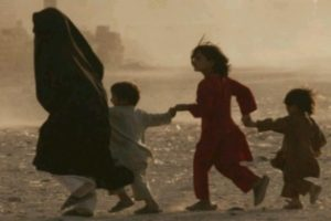 Children in India, Pak, B'desh at 'extremely high risk': Unicef