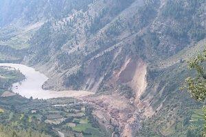 Landslide in Lahaul-Spiti blocks Chenab river, villages downstream banks evacuated
