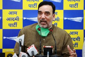 Gopal Rai launches 'Red Light on, Gaadi off' drive from ITO Chowk