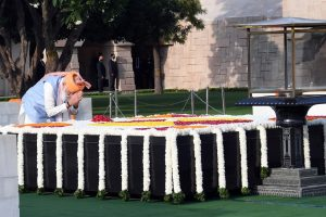 PM Modi pays homage to Mahatma Gandhi on Independence Day