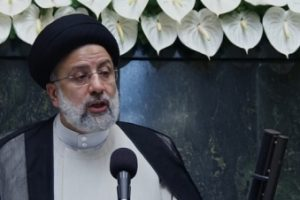 New Iran President Raisi calls for dialogue among regional countries