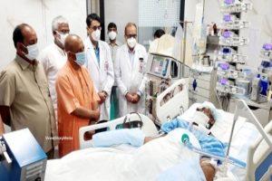 Yogi visits Kalyan Singh at SGPGIMS