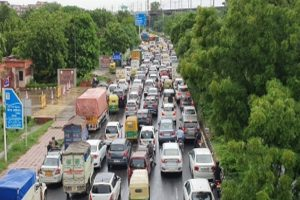Heavy rains lead to traffic snarls in several parts of Delhi