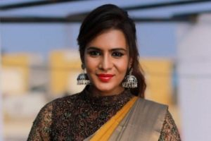 Actor Mira Mithun booked in TN for casteist slur
