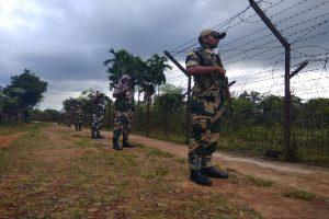 Militants kill 2 BSF jawans in Tripura, loot arms