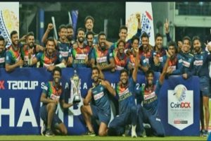 Sri Lanka cricketers give in, sign contracts with their board