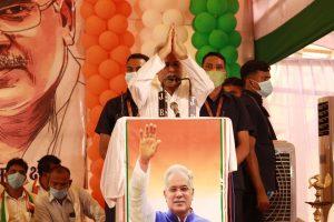 Chhattisgarh CM leaves for Delhi to meet Rahul Gandhi