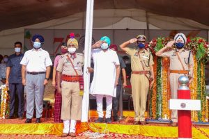 Punjab CM announces projects worth Rs 1,200 cr on I-Day