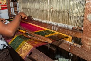 Pandemic spells misery for Dhaniakhali weavers