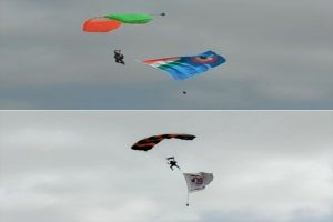 75 skydivers display daredevil stunts on 75th Independence Day