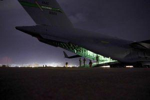 'It looked apocalyptic': Crew describes Afghan departure