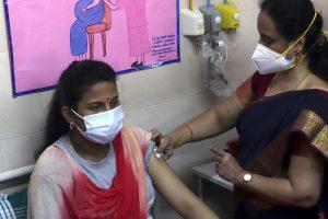 Mega Covid vaccination drive commences in TN