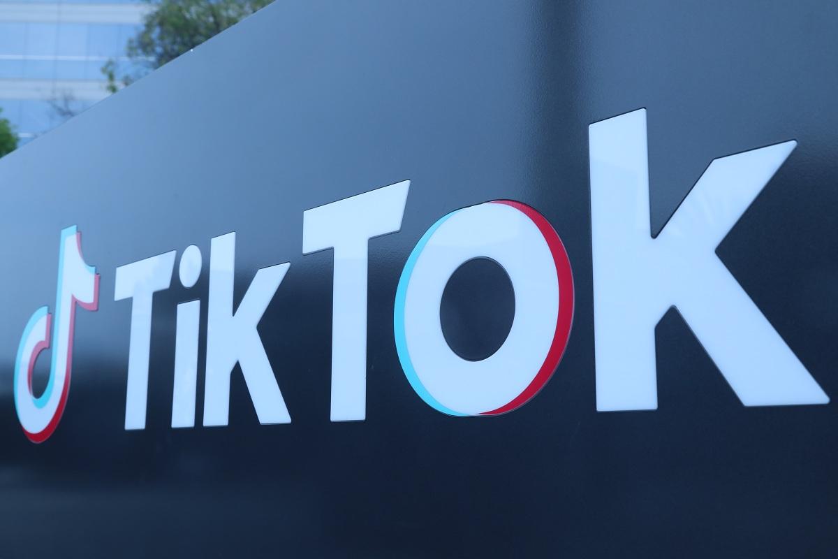 TikTok, YouTube,