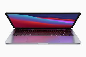 Apple hit with lawsuit for 'defective' M1 MacBook screens