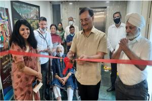 'Aaj Rang Hai' an art exhibition by Aashima Mehrotra held at IIC, Delhi