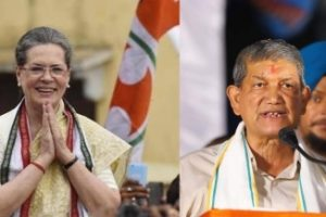 Harish Rawat meets Sonia; asked to settle Punjab issue