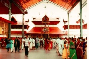 Ostentatious wedding in Guruvayor temple makes Kerala HC see red