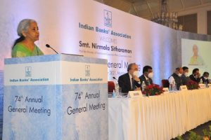 India needs four or five SBI like 'big banks' to meet requirements of growing economy