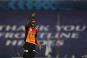 Sunrisers Hyderabad's Natarajan tests Covid+; match to go ahead
