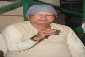 Lalu Prasad miffed over JP, Lohia's removal from JP varsity syllabus
