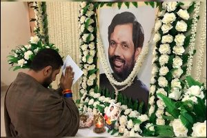 Chirag deeply moved by PM's letter on late dad
