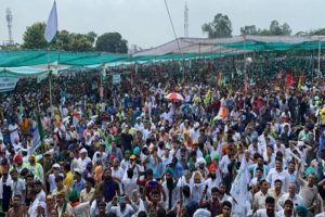 Karnal lathicharge: Farmers' meet with DC ends inconclusively