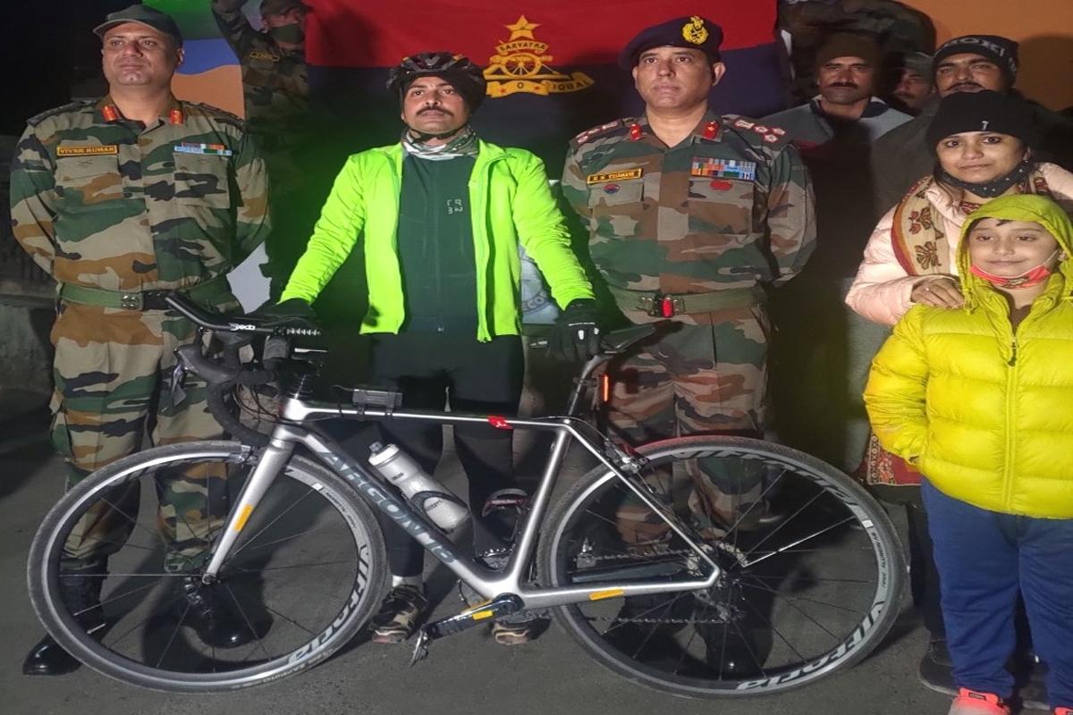 Guinness Record, Lt. Colonel Sripada Sriram, Himachal Pradesh, Swarnim Vijay Varsh
