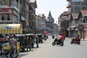 Mobile Internet services to be restored in Kashmir today evening