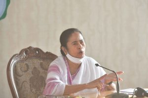 Mamata suppressed facts in her affidavit, BJP complains to EC