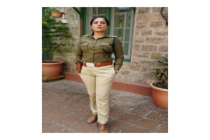 Richa Chadha met female cops for upcoming 'Candy'