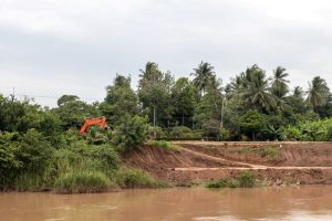 Riverbank erosion affects Hooghly, admin on high alert over heavy rainfall
