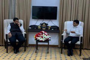 Goa CM Sawant meets Fadnavis at Mumbai residence