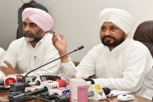 Punjab CM hails CWC resolution for repeal of 'black farm laws'
