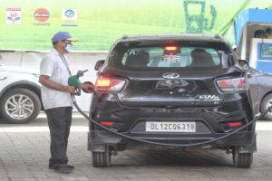 Fuel prices rise after two-day pause
