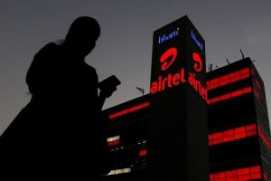Airtel to give Rs 6,000 cashback on purchase of smartphones