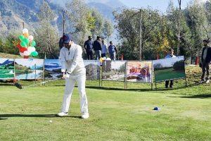 Eight envoys participate in Pahalgam's golf tourament