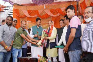 Jai Ram calls to end BJP's losing streak in Fatehpur assembly segment