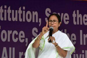 Pvt hosps can't refuse Swasthya Sathi card: CM