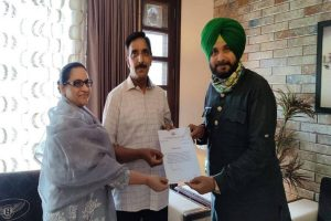 Sidhu's advisor challenges Amarinder to contest Assembly poll against him (Sidhu) on home turf Patiala