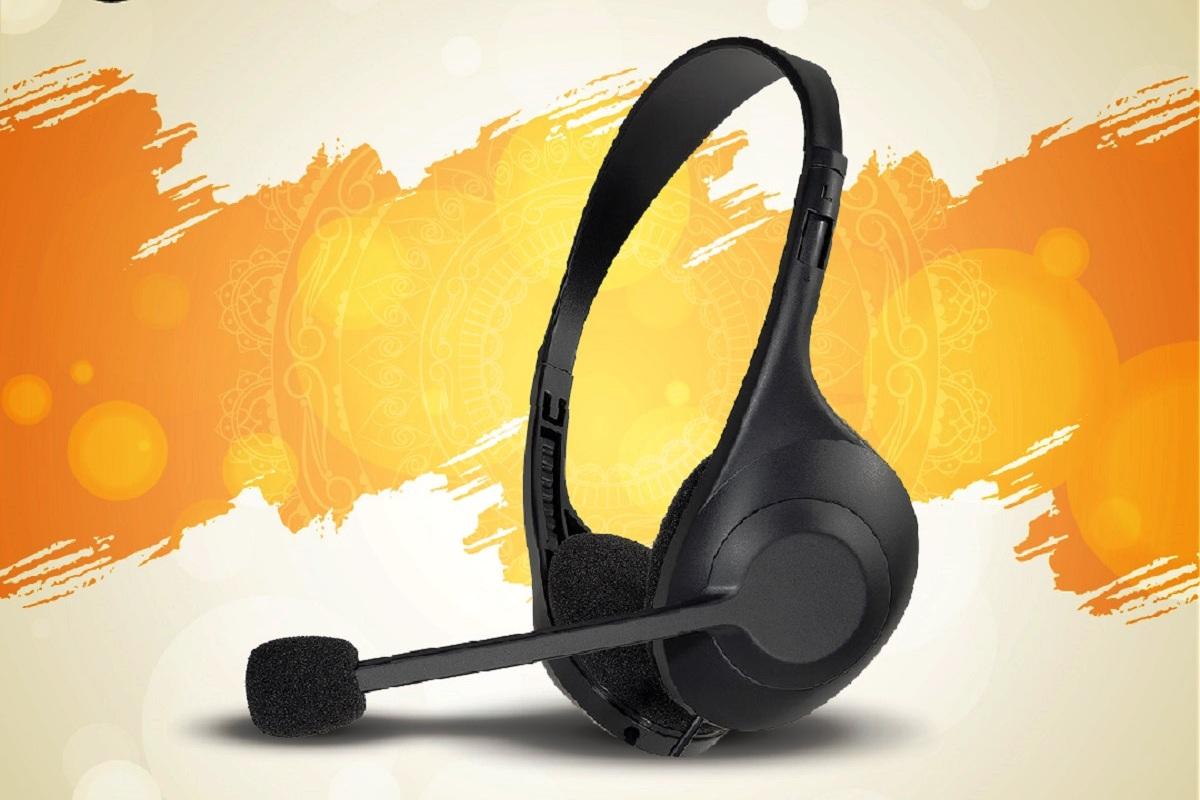 Audio Technica, headphone brand, AT2040 hyper cardioid dynamic microphone