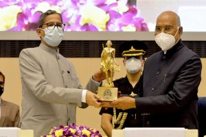 'Senior Advocates should earmark time for pro bono services to weaker sections': President