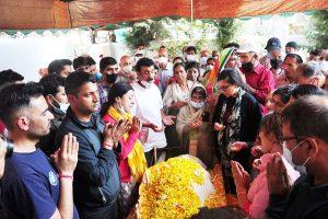 Srinagar killings aimed at creating scare among Kashmiri Pandit migrants seeking return to valley