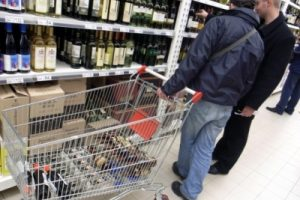 32 dead in alcohol poisoning in Russia